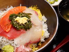 海鮮磯波丼